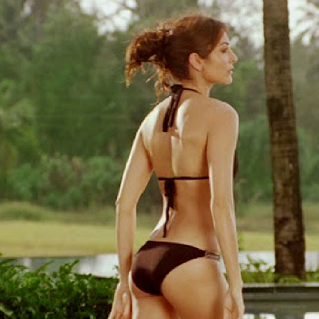 Bikini News Daily - More And More Bollywood Actresses Are -9445
